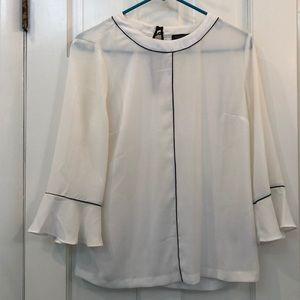 Banana Republic never worn blouse XS lite cream